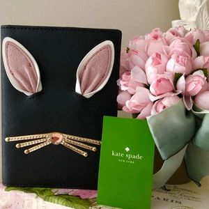 🎀Kate Spade ♠️ Black Rabbit Passport Holder